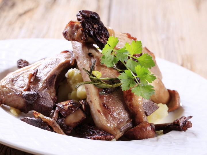 Lamskoteletjes met champignons