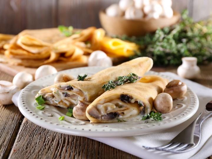 Hartige pannenkoeken met champignons